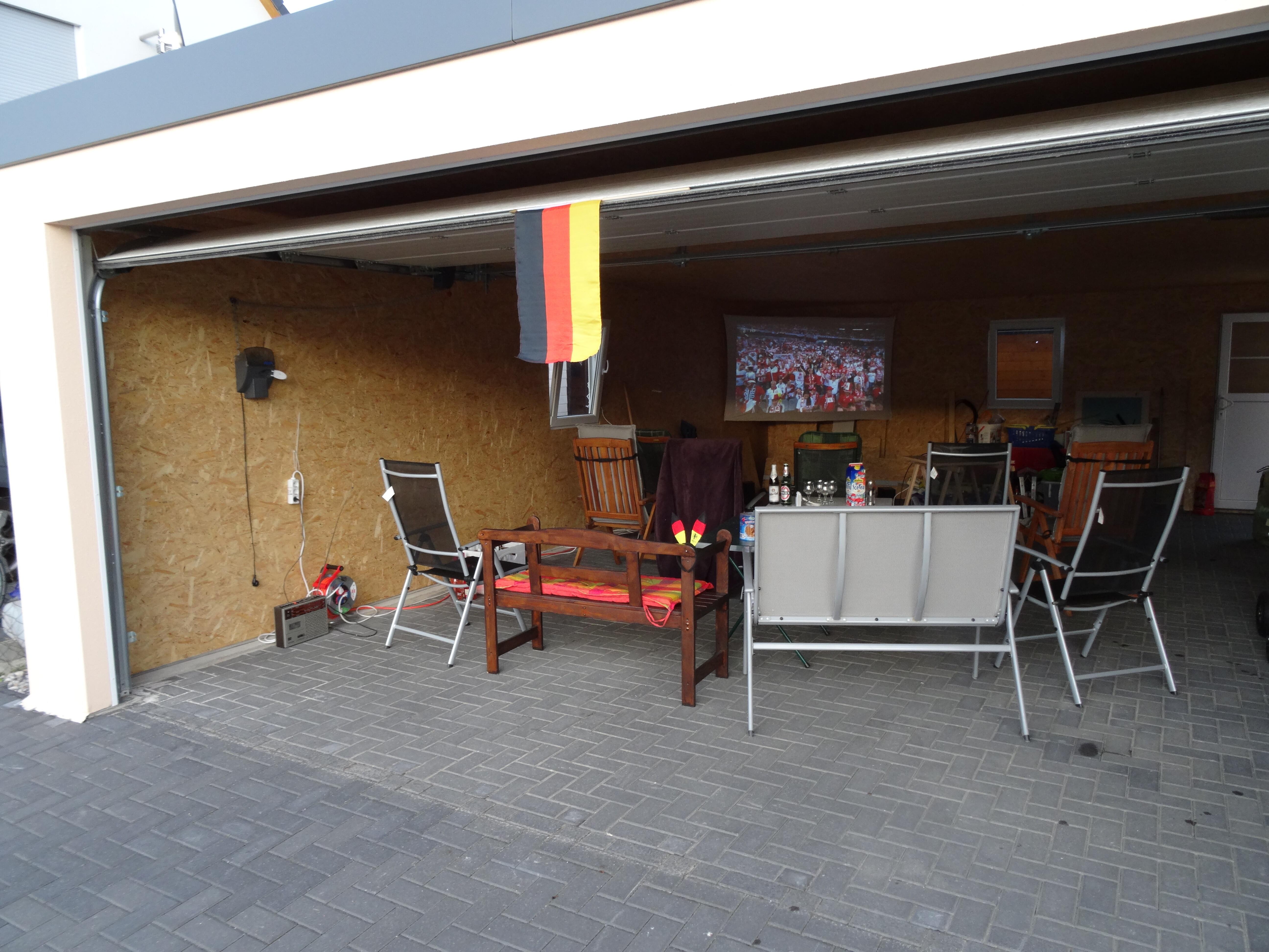 Fink-Garage zur Fussball-EM