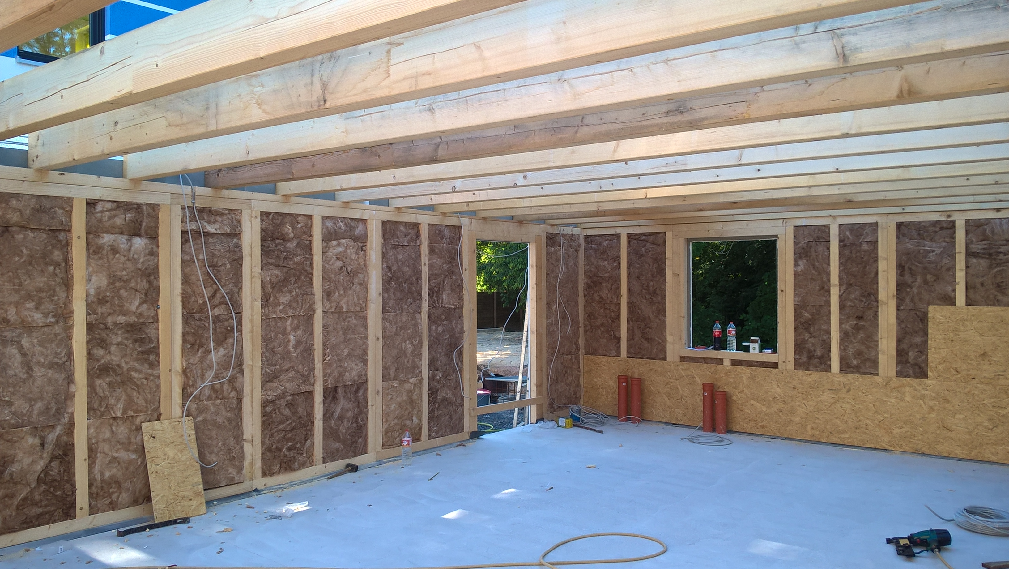 Aufbau Fink Garage in Holzständerbauweise mit Innenausbau