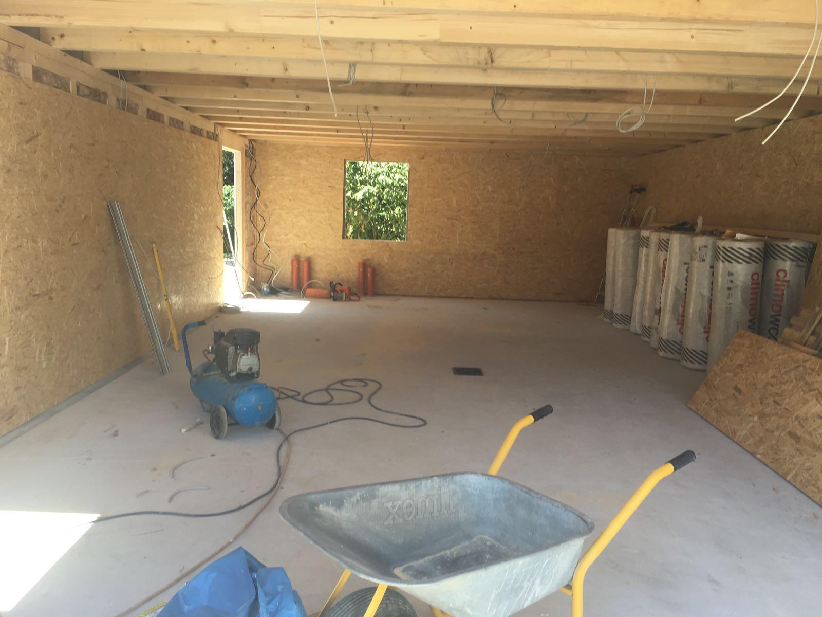 Garage mit Innenausbau