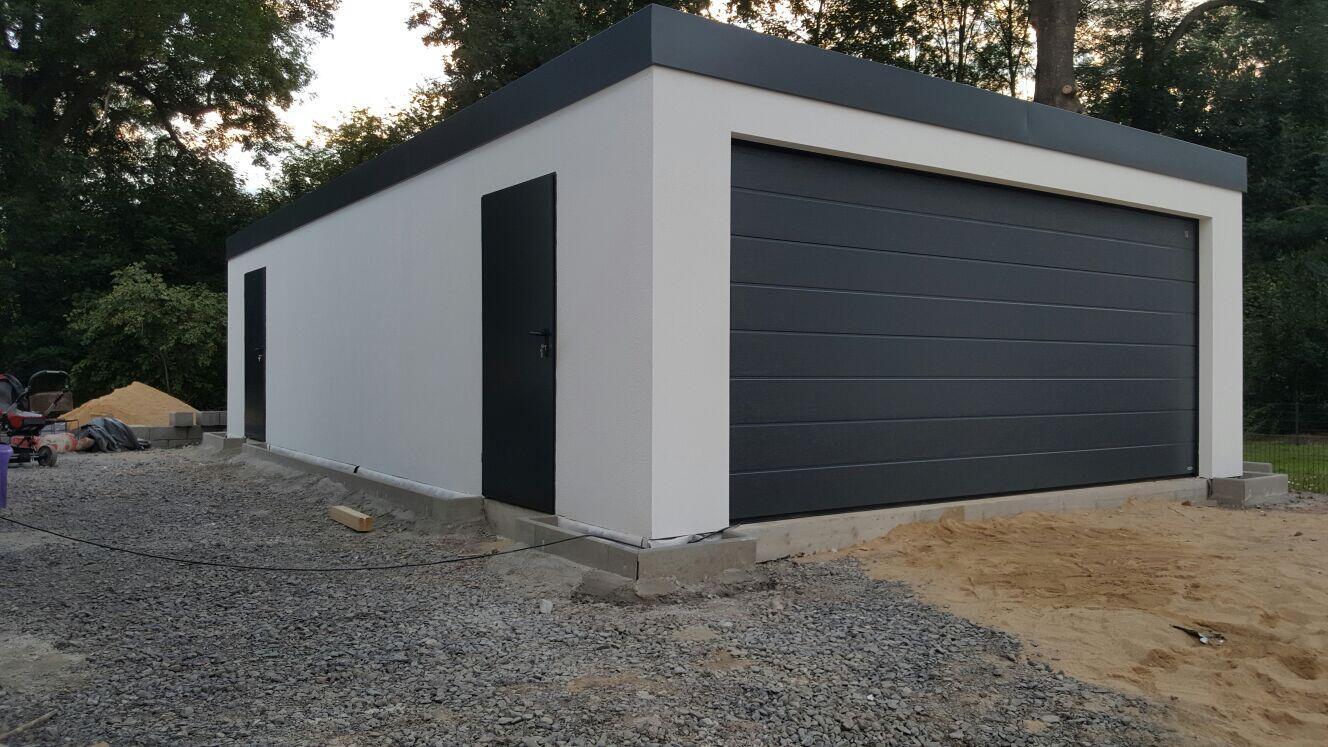 Fink Garage in Holzständerbauweise in Gera.