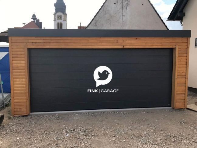 Fink Garage Neulußheim - Holzverkleidung Lärche Front
